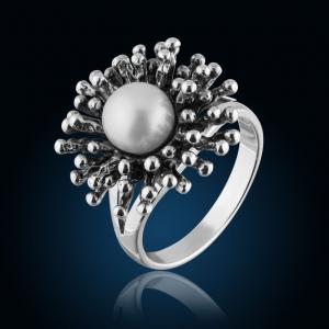 Серебряные украшения из родированного серебра - кольцо с жемчугом
