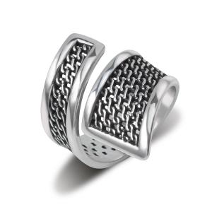 фото ювелирного украшения - серебряное кольцо