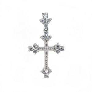 фотосъемка ювелирных изделий из серебра - кулон в виде крестика