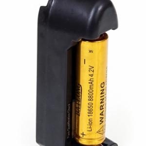 фото для амазон - аккумулятор для фонарика