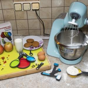 фото набора кухонных принадлежностей для  Amazon
