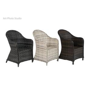 фотография плетеной садовой мебели - кресла