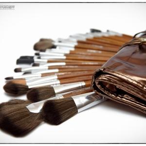 фото набора косметики для рекламного каталога