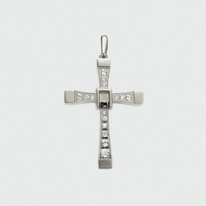 предметная фотография ювелирных изделий -крестики
