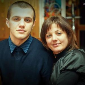 мама и сын - студийные фотосессии в Харькове