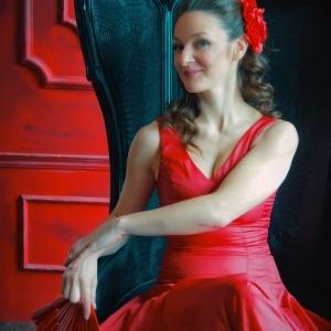Портрет девушки с веером в руках - фото-сессии в Харькове