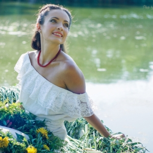 портрет на фоне водной глади - фотосессии в Харькове