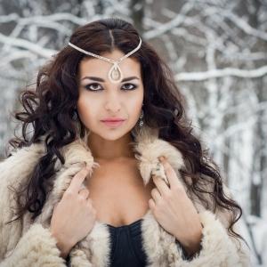 зимний женский портрет