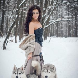 женский портрет и хаски - фотосессии на пленэре в Харькове