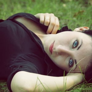 девушка с голубыми глазами - фотосессии на пленэре в Харькове