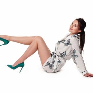 модельная фотосъемка женской обуви