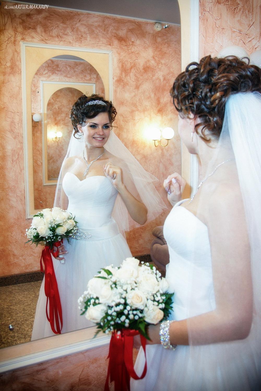 Фото на коленях перед невестой 10 фотография