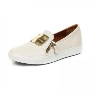женская обувь белого цвета