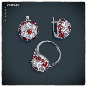 ювелирные украшения в комплекте - серьги и кольцо