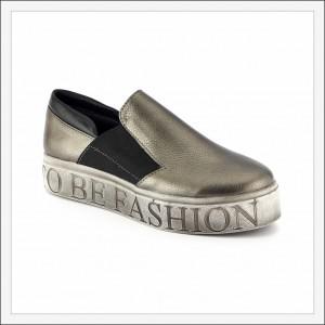 предметная съемка летней женской обуви