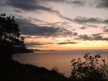 Предрассветное утро на крымском побережье