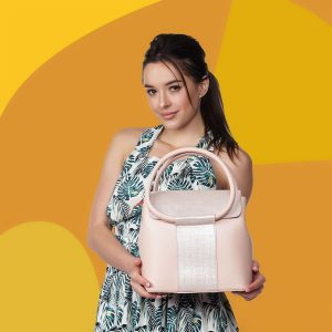 женская сумочка - фото для инстаграм